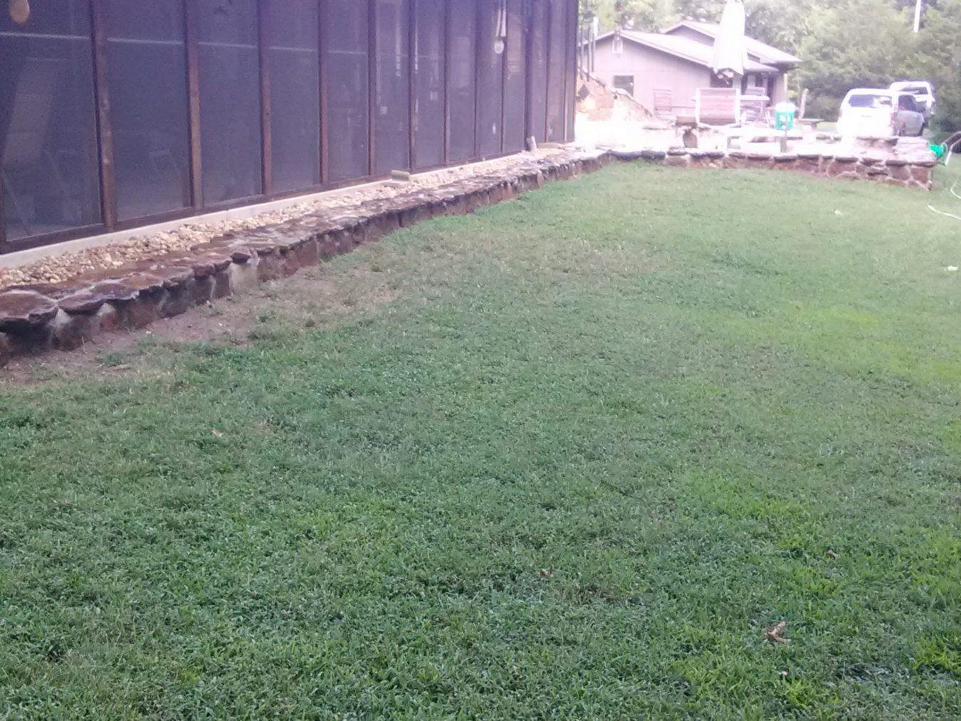 hardscape block retaining wall for erosion control
